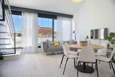 Elegant Terrace