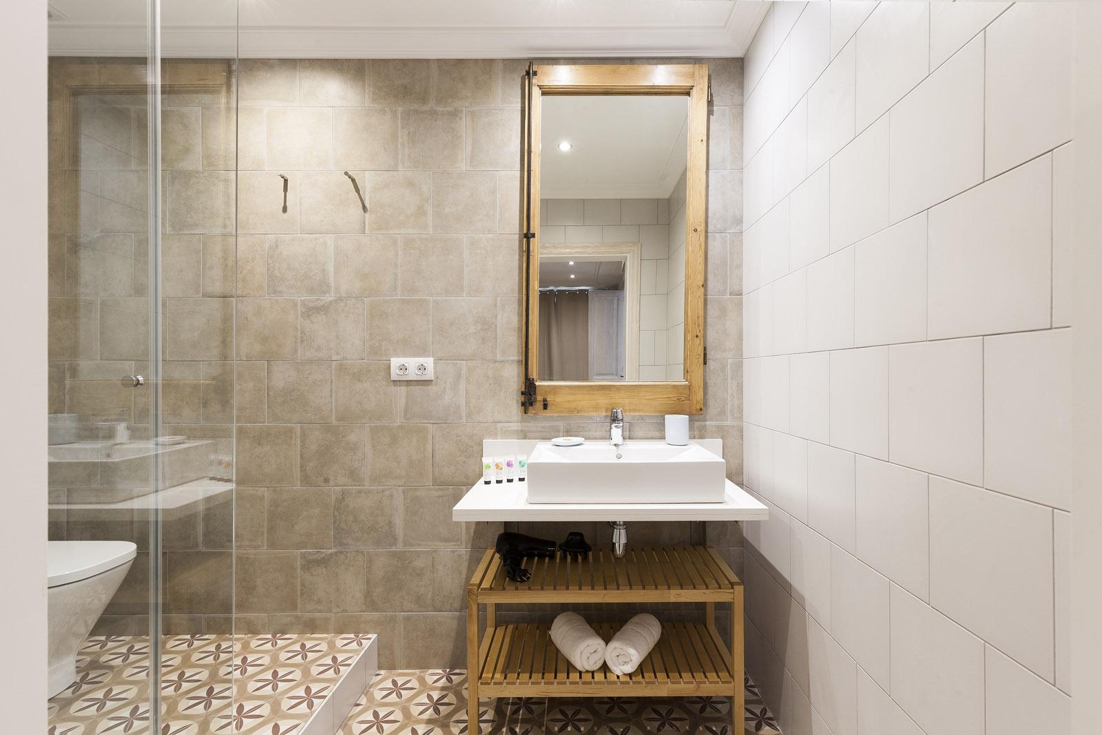 Bathroom - Fuster Apartments