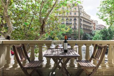 Balcón Apartamentos Rambla Catalunya Suites Trendy