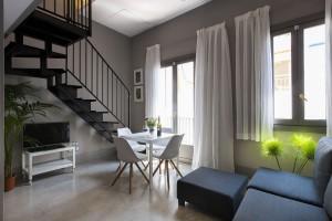 Living room Kare-No Loft Balcony