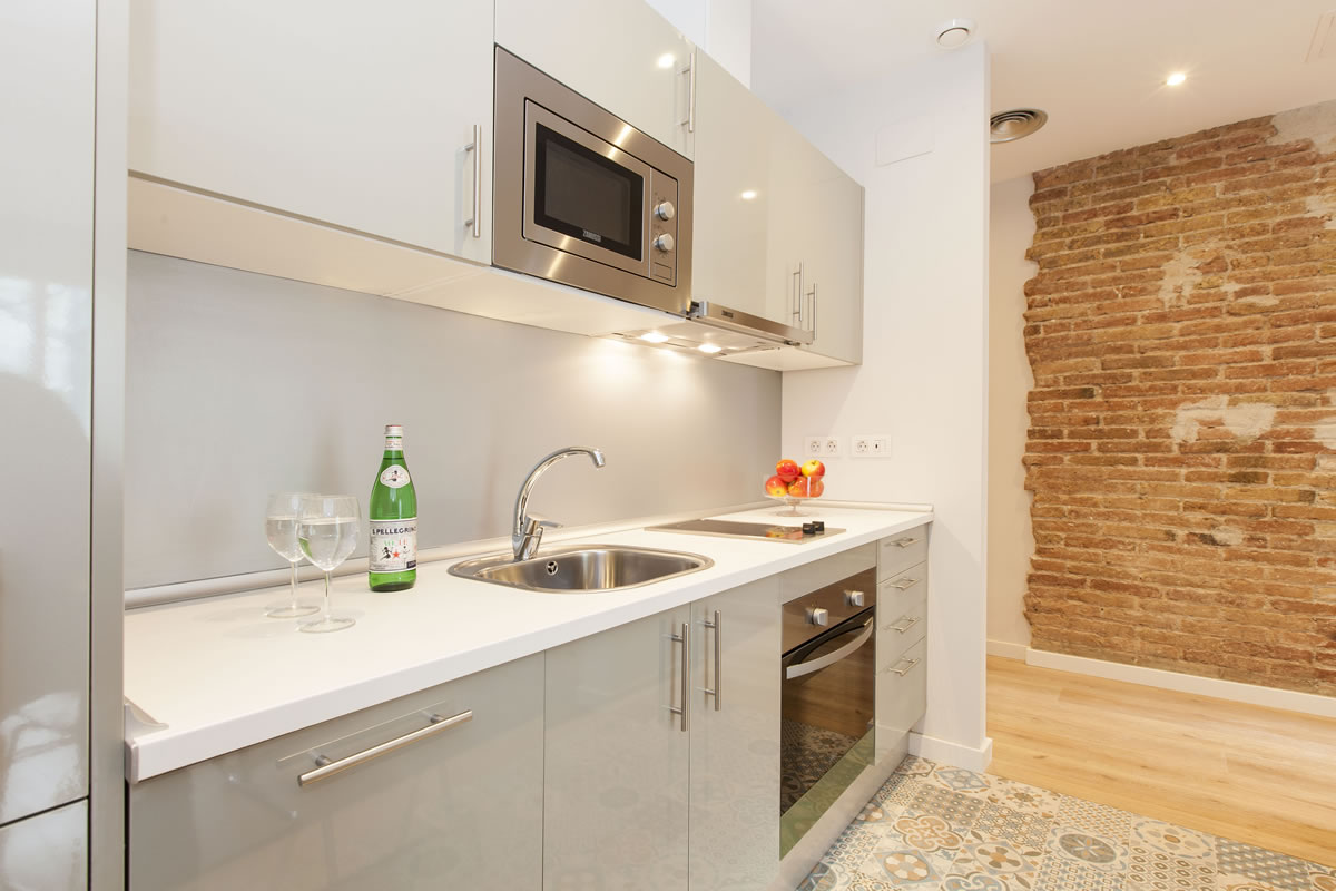 Kitchen Accommodation Vale Apartments Barcelona