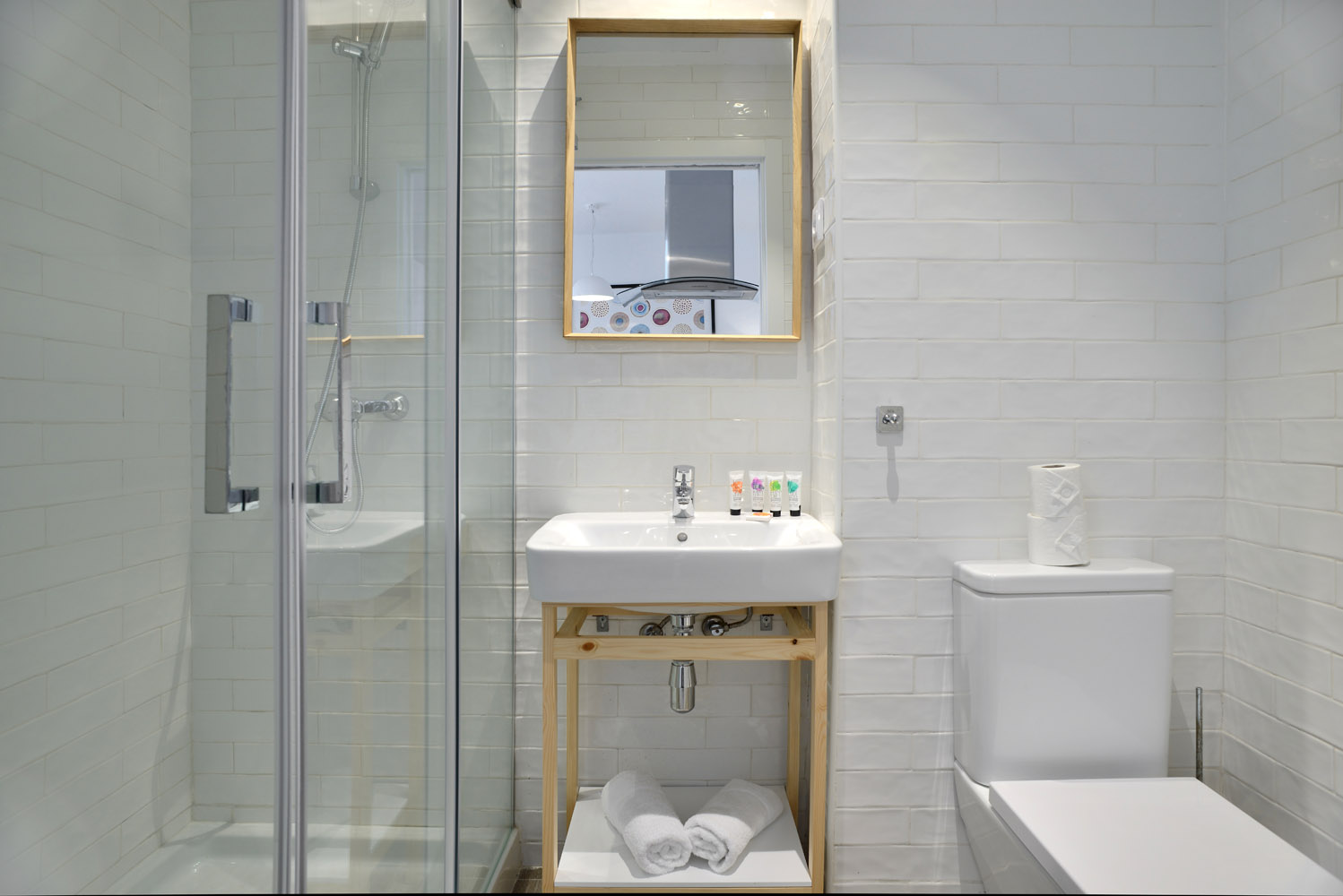 Bathroom - Gran Via Apartments