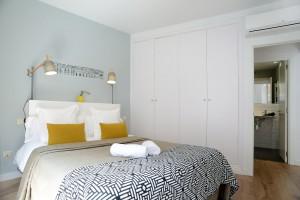 Bedroom Apartament Calle Mayor Apartments Trendy Plus Balcony