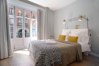Bedroom Accommodation Calle Mayor Apartments Trendy Plus Balcony