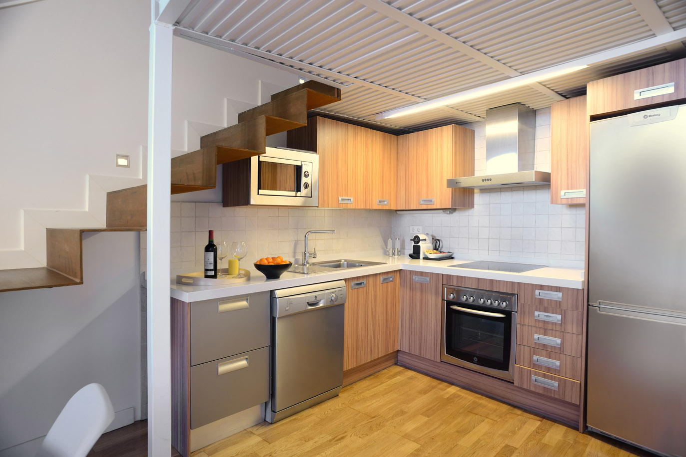 Kitchen Cabinets San Mateo Aspasios San Mateo Boutique Apartments Central Apartments Madrid