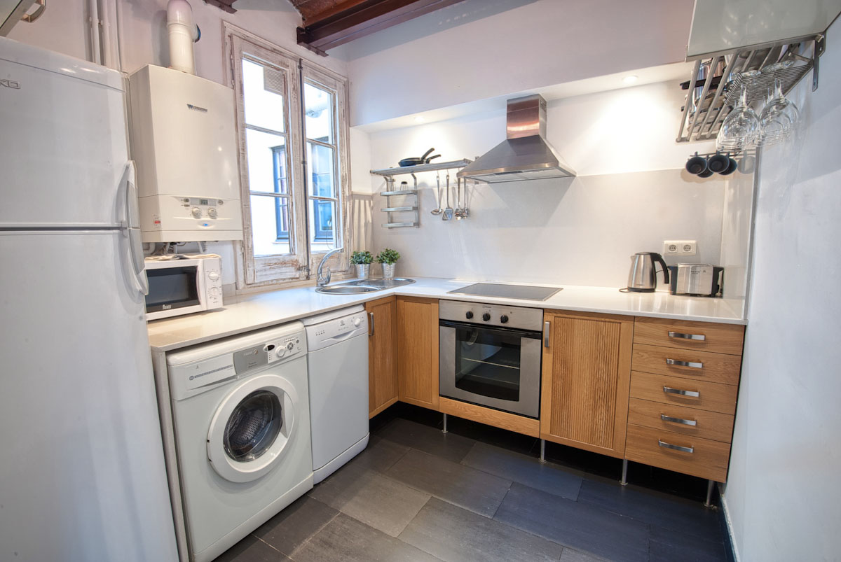 Kitchen - Fuster Apartments