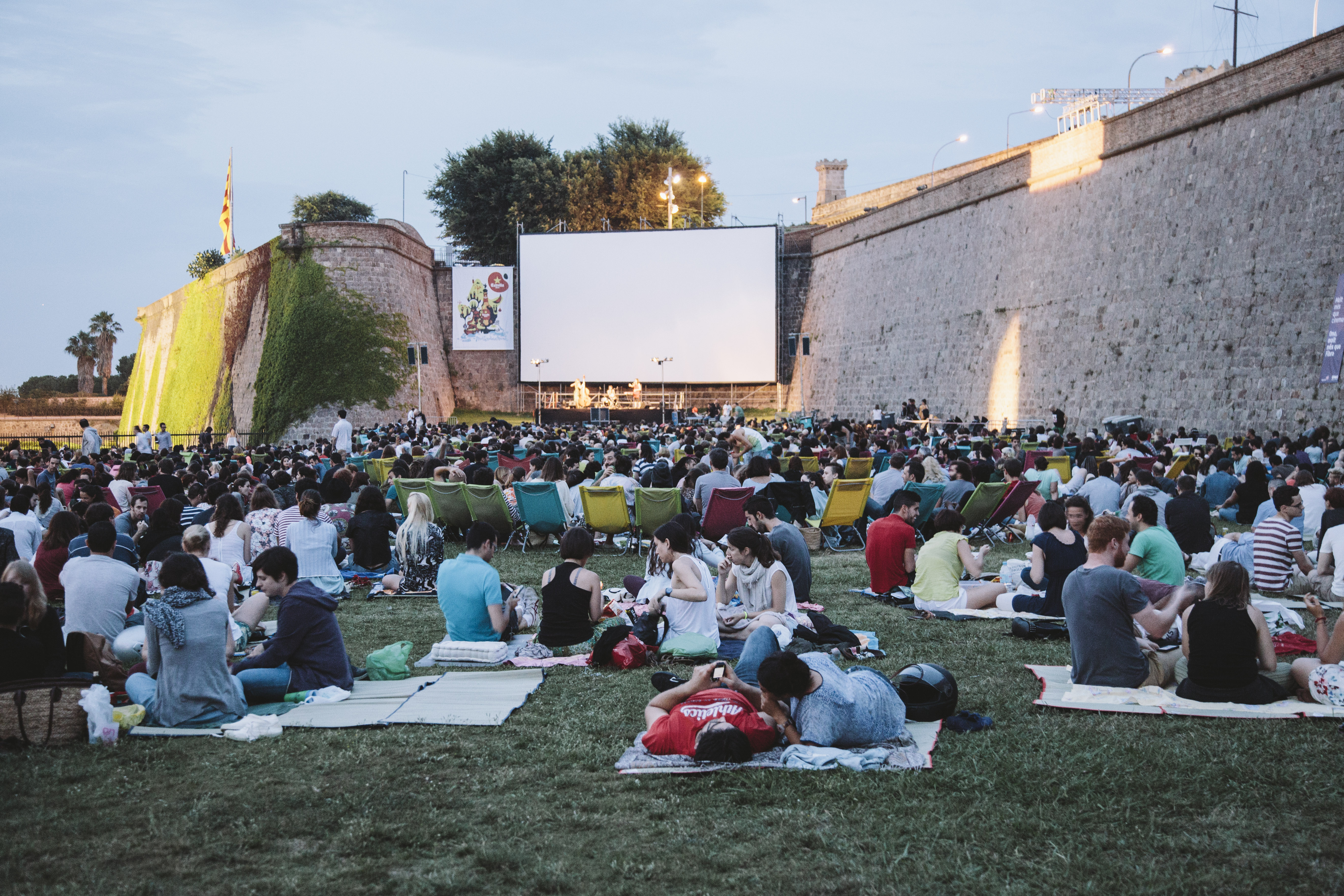 open air cinema sala montju c barcelona