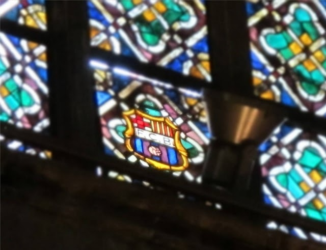catedral sagrada familia barcelona-min