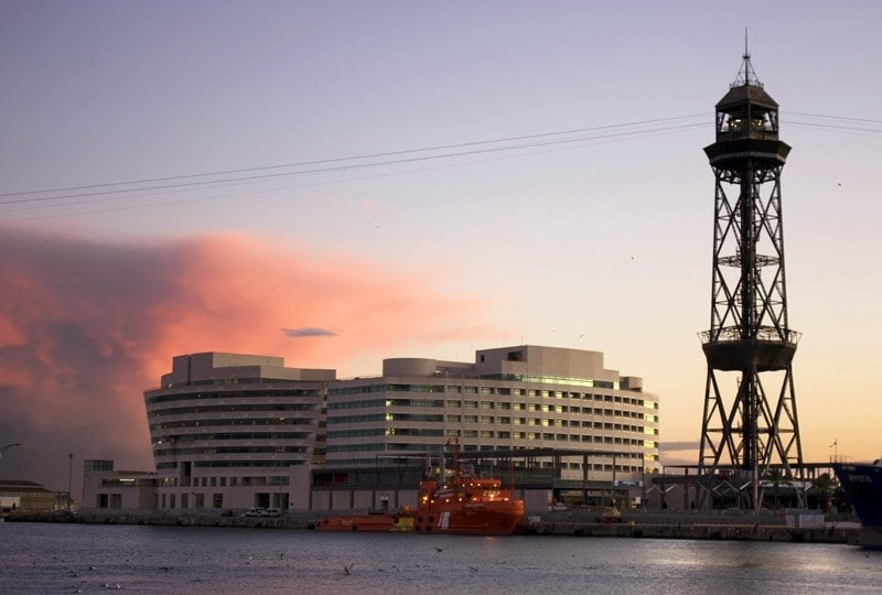 puerto Barcelona-min